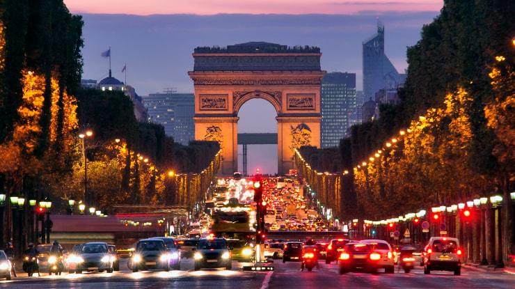 Azul vai vender passagens de Campinas para Paris