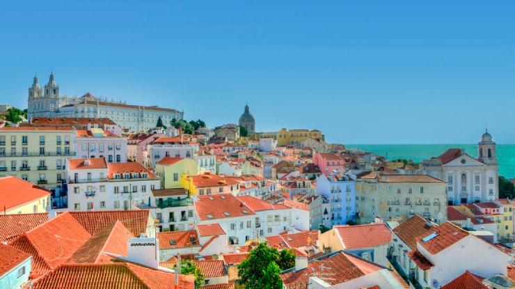 Azul vai aumentar voos para Portugal na alta temporada