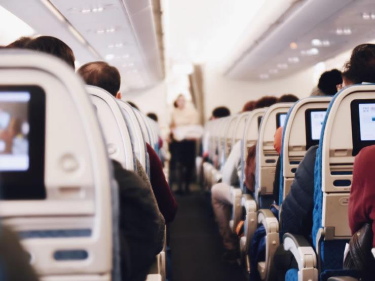 viagem de avião internacional