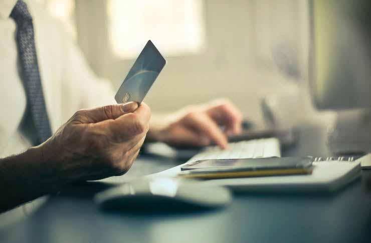 Leve um cartão de crédito suplente