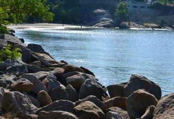 Praias de Vitória e redondeza: seleção de praias para esporte e banho