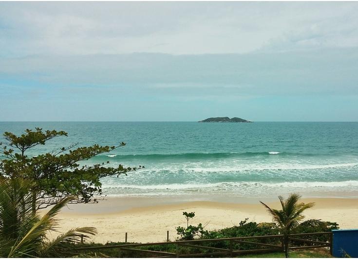 Qual a melhor praia para família em Florianópolis?