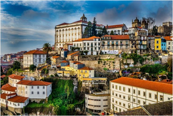 Quais os documentos necessários para viajar para Portugal