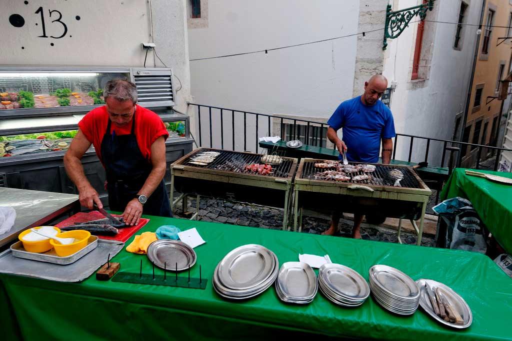 Bacalhau sendo praparado em Lisboa