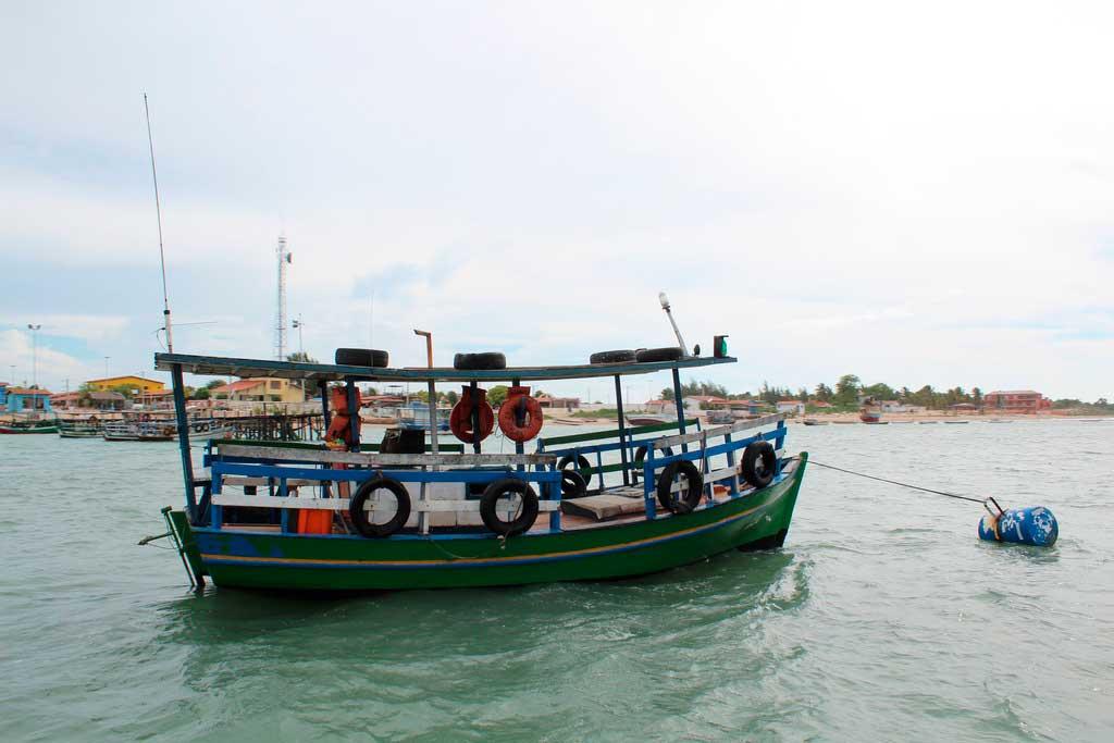 Passeio de barco em Galinhos