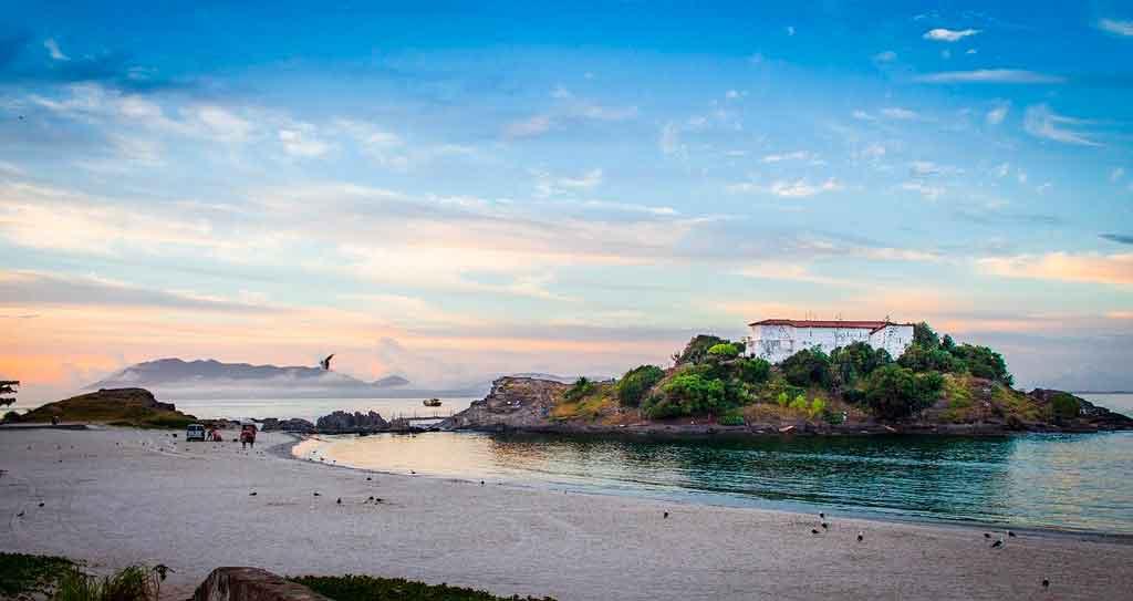 O que fazer nos arredores de Arraial do Cabo