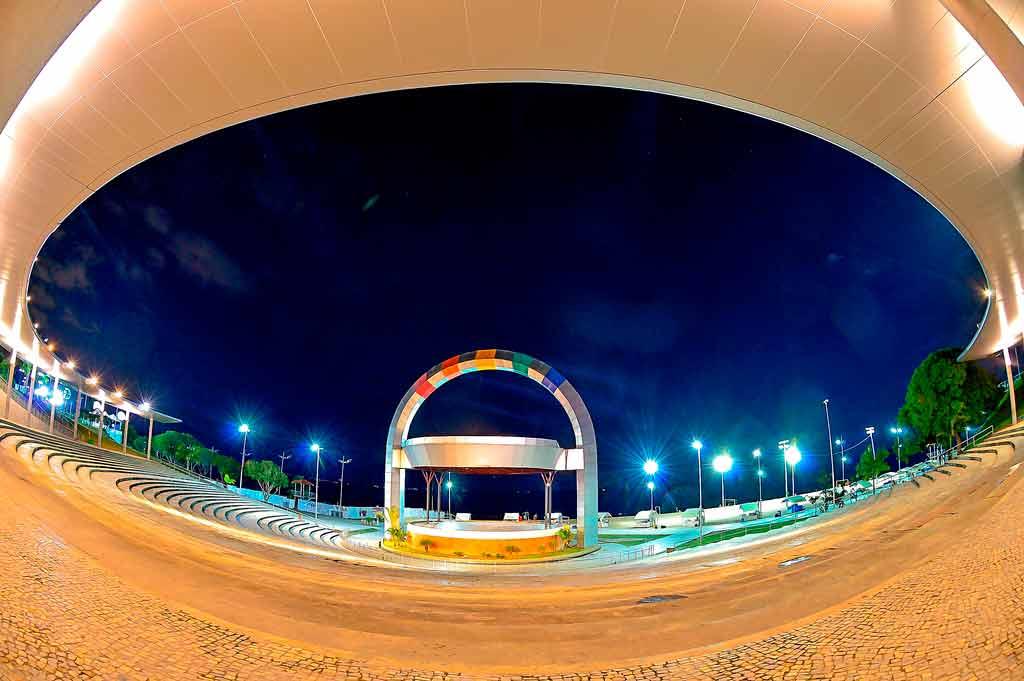 Passeios em Manaus à noite
