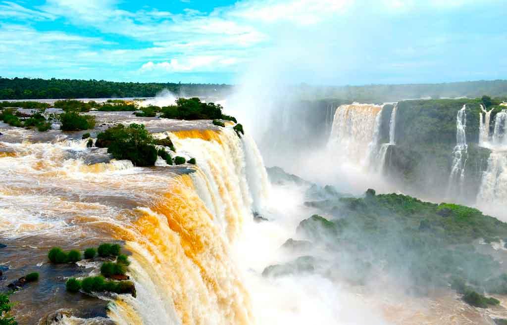 Qual a melhor época para visitar as Cachoeiras?