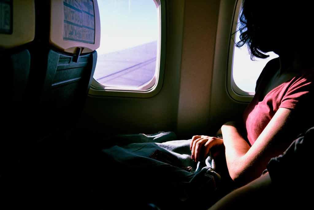 Decolar com passagens baratas: como voar e economizar?