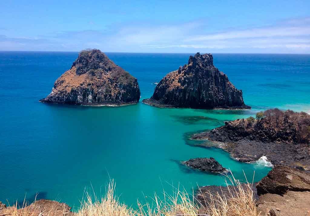 Pontos turísticos do Brasil: Baía do Sancho