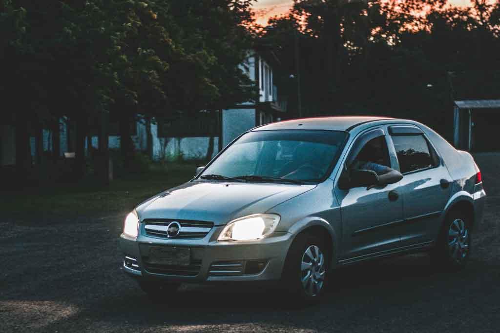 viagens corporativas alugue um carro