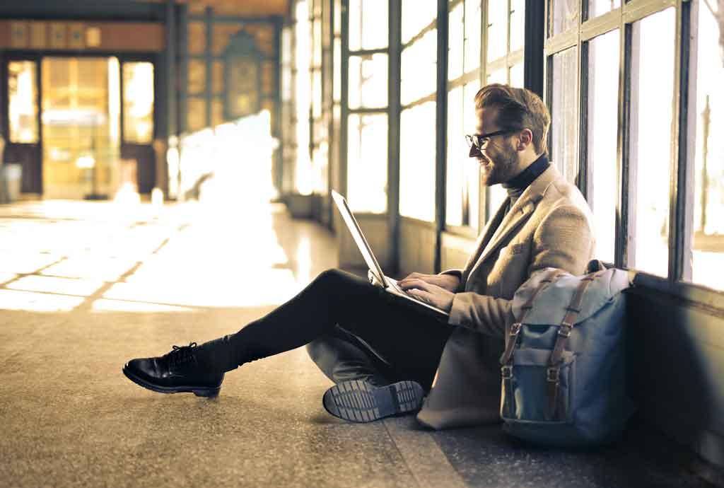 viagens corporativas pense bem o que levar na mala
