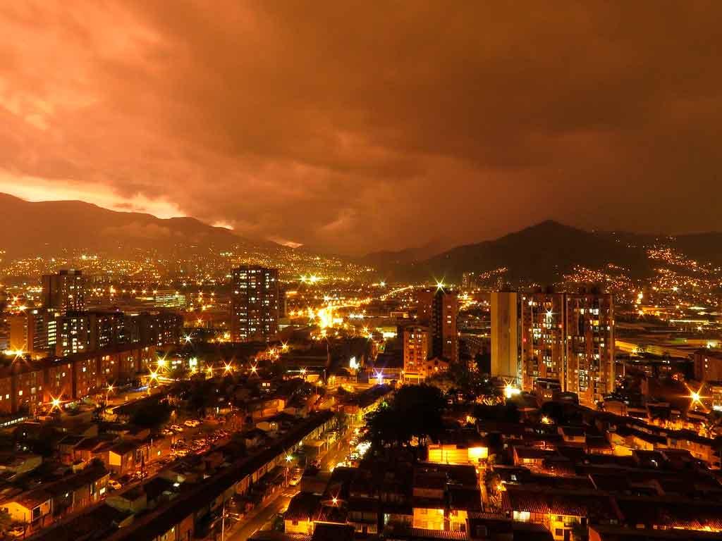 Viajar para Colombia Medellin