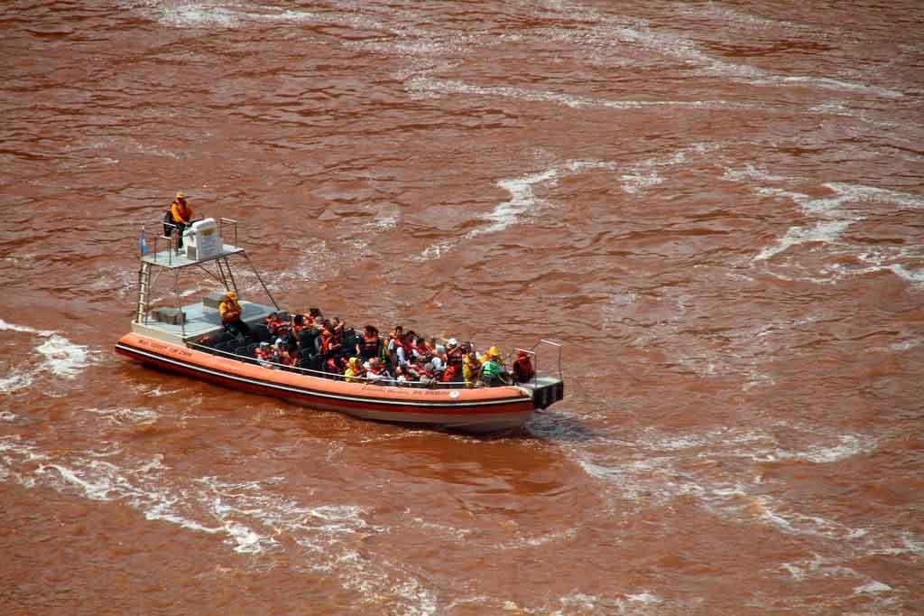Cataratas do Iguaçu use roupas leves