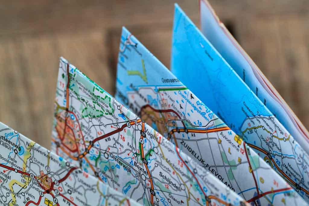 Como economizar em viagens corporativas crie um roteiro de viagem