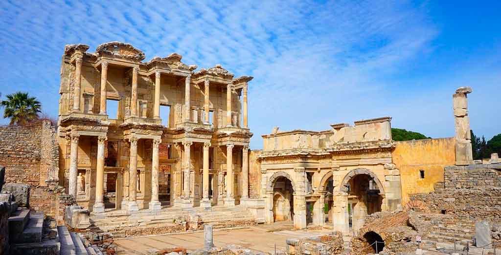 Pontos turísticos da turquia ruínas de efeso