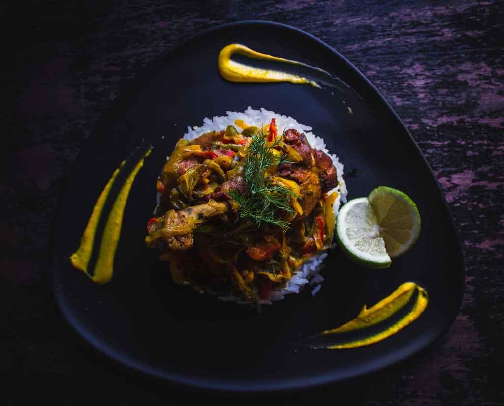 Comidas tipicas do Brasil arroz com pequi