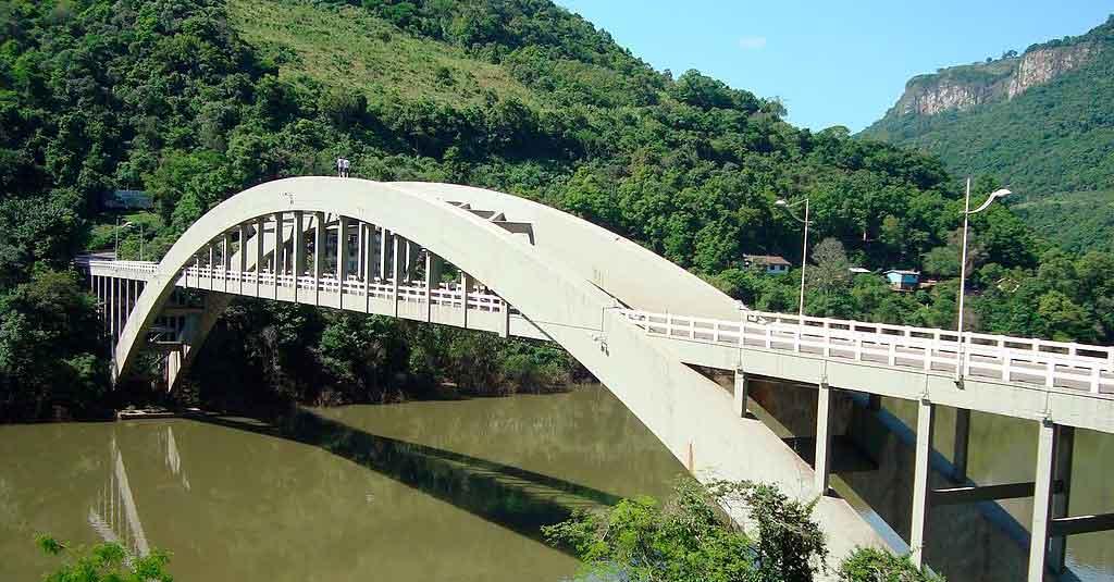 O que fazer em Bento Gonçalves ponte Enersto Dorneles