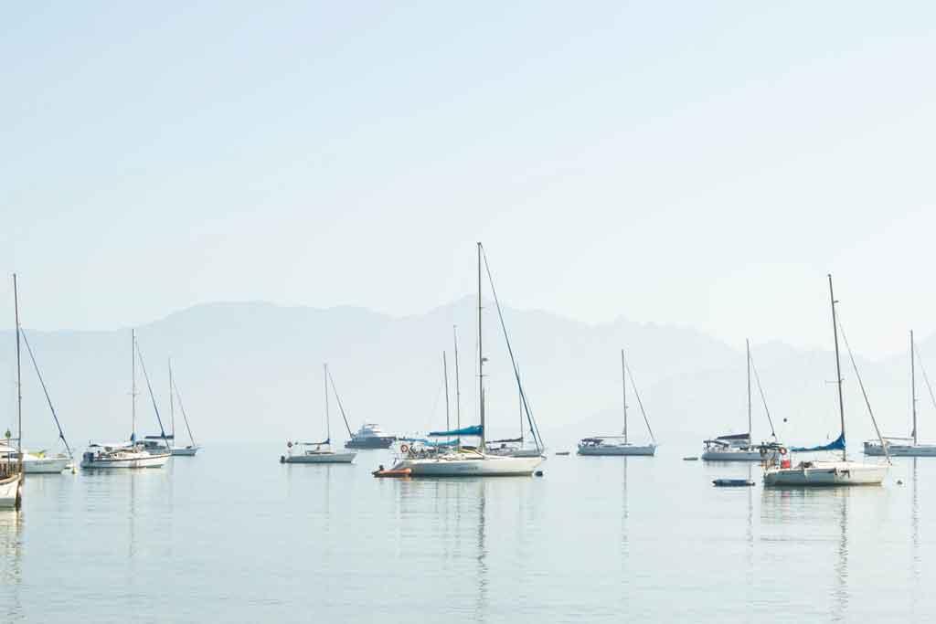O que fazer em Ilha grande barco
