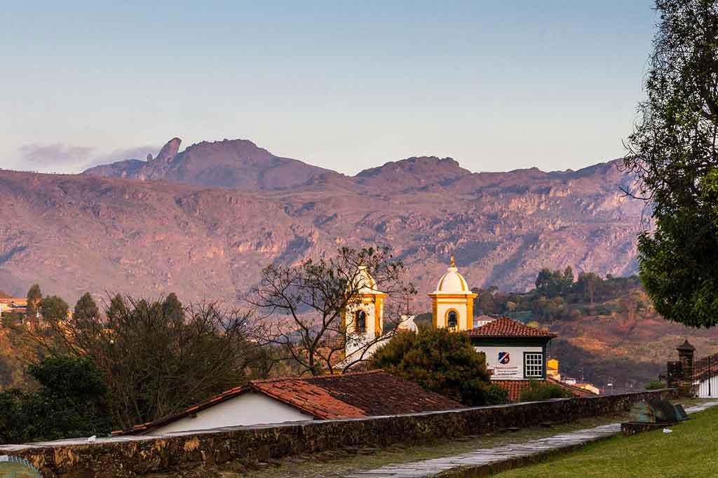 O que fazer em Ouro Preto parque estadual itacolmi