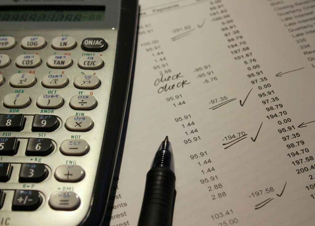 Reduzir custos com viagens corporativas crie relatórios