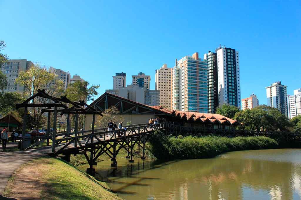 Vigem para Curitiba melhor época