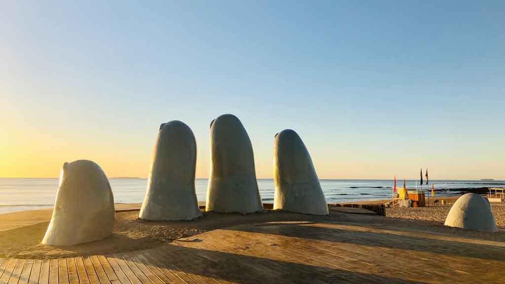 O que fazer em Punta del Este la mano