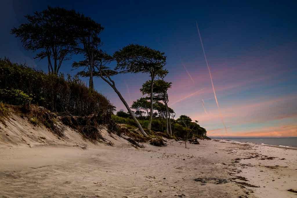 Praias de nudismo no Brasil praia do pinho