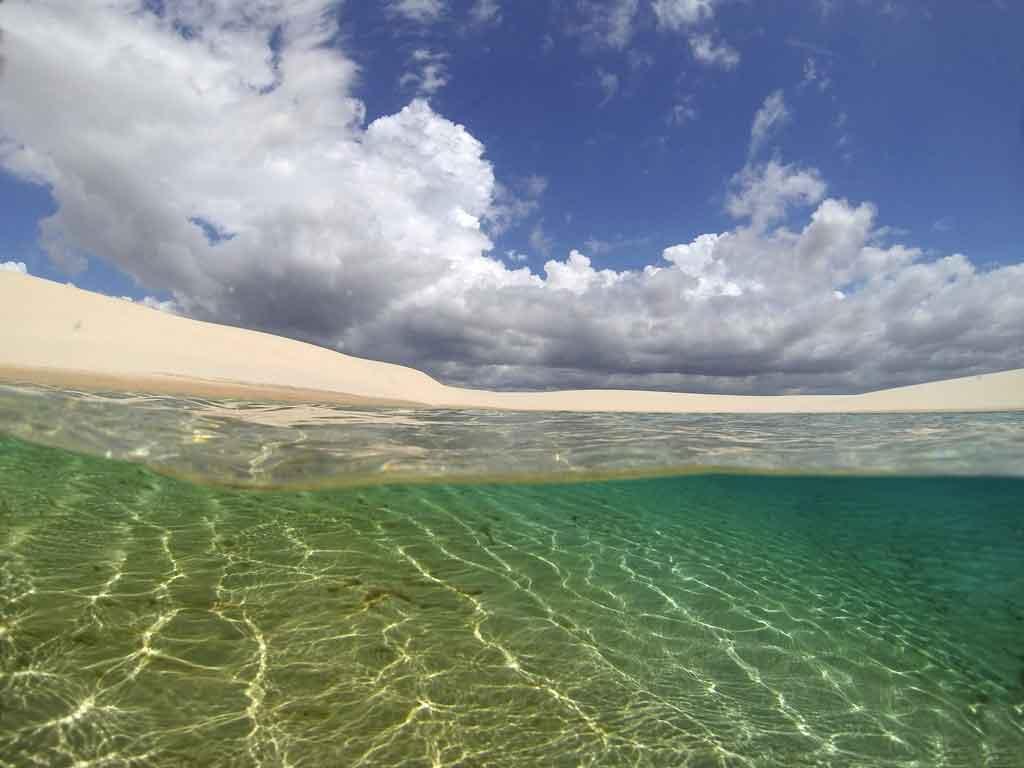 Parque Nacional dos Lençõis Maranhenses praia da travosa