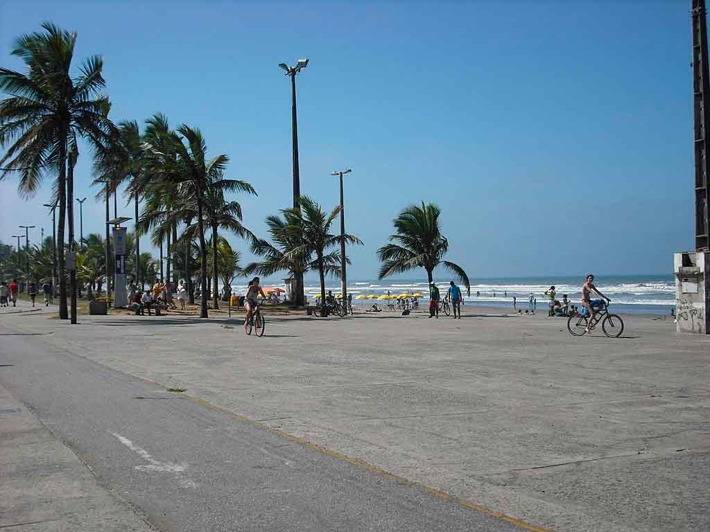 praia de Peruibé praia do centro