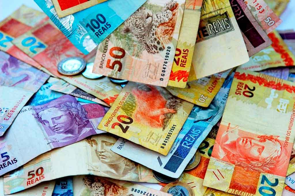Terra Ronca leve dinheiro em espécie