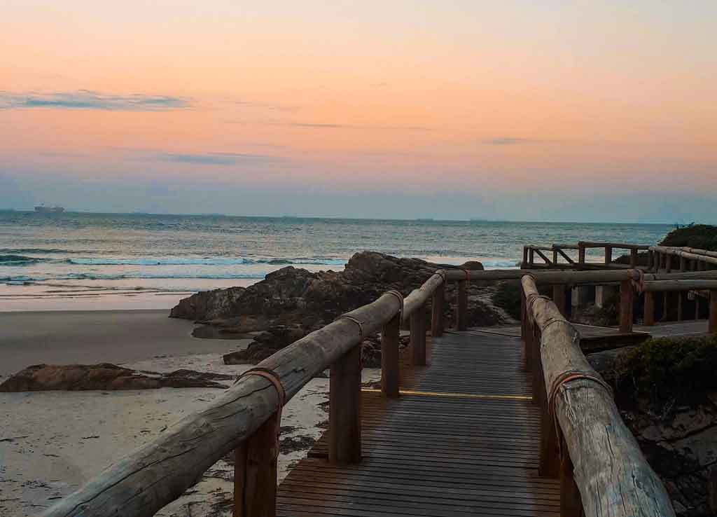 Ilha do Mel Paraná praia de encantadas