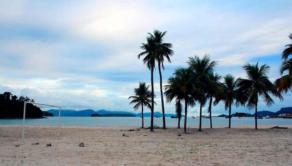 Praias de Angra dos Reis quantas praias