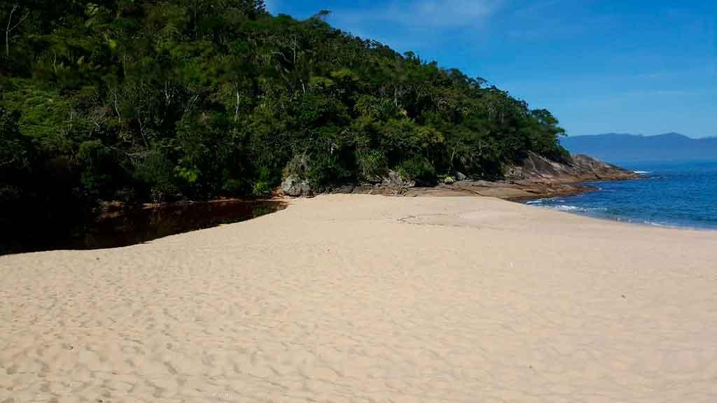 Praias de Caraguatatuba Cocanha