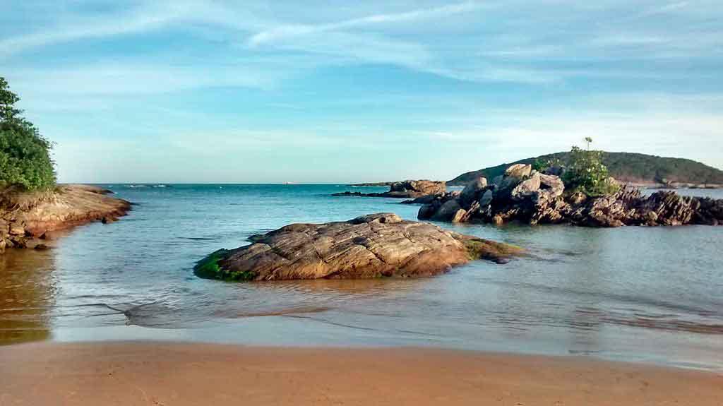 Praias de Guarapari peracanga