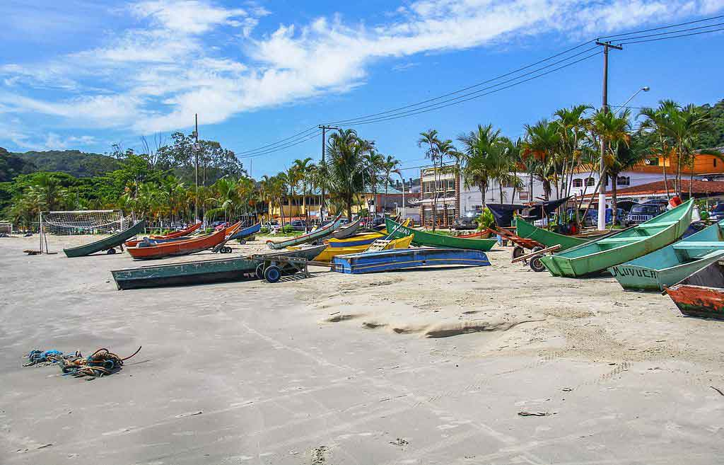 Praias de Guarujá Pereque