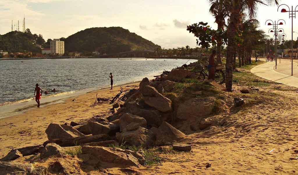 Praias de Itanhaem onde ficam