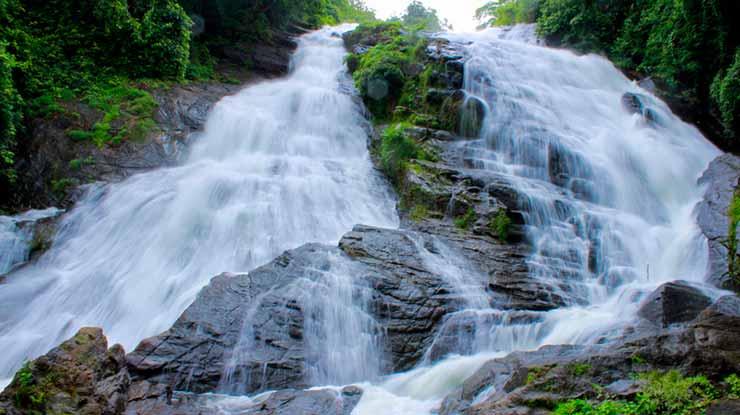 Cachoeiras no Rio dos Cedros