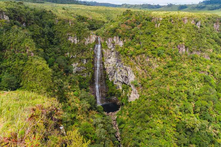 Quantas cachoeiras tem em Minas Gerais?
