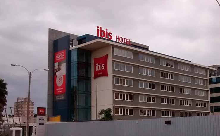 Qual é a diferença entre Ibis Budget e Ibis?