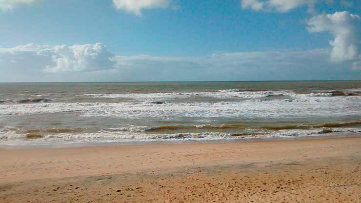 Praia de Guriri