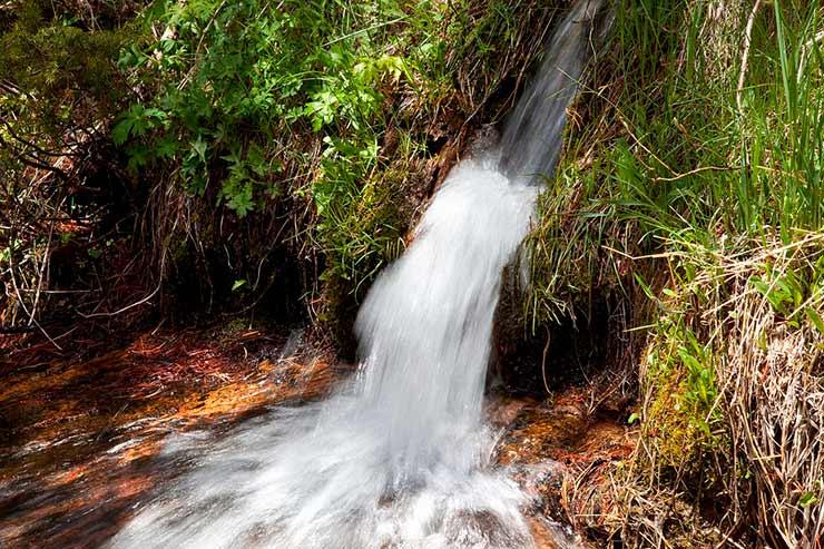 Qual a melhor cachoeira de analandia?