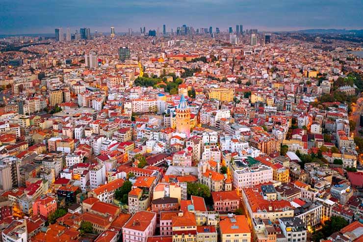 Em que país se localiza Istambul?